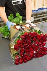 Fransen Roses nieuwe bordsponsor vv Naaldwijk