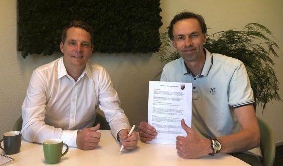 Weverling Groenproviders nieuwe bordsponsor vv Naaldwijk