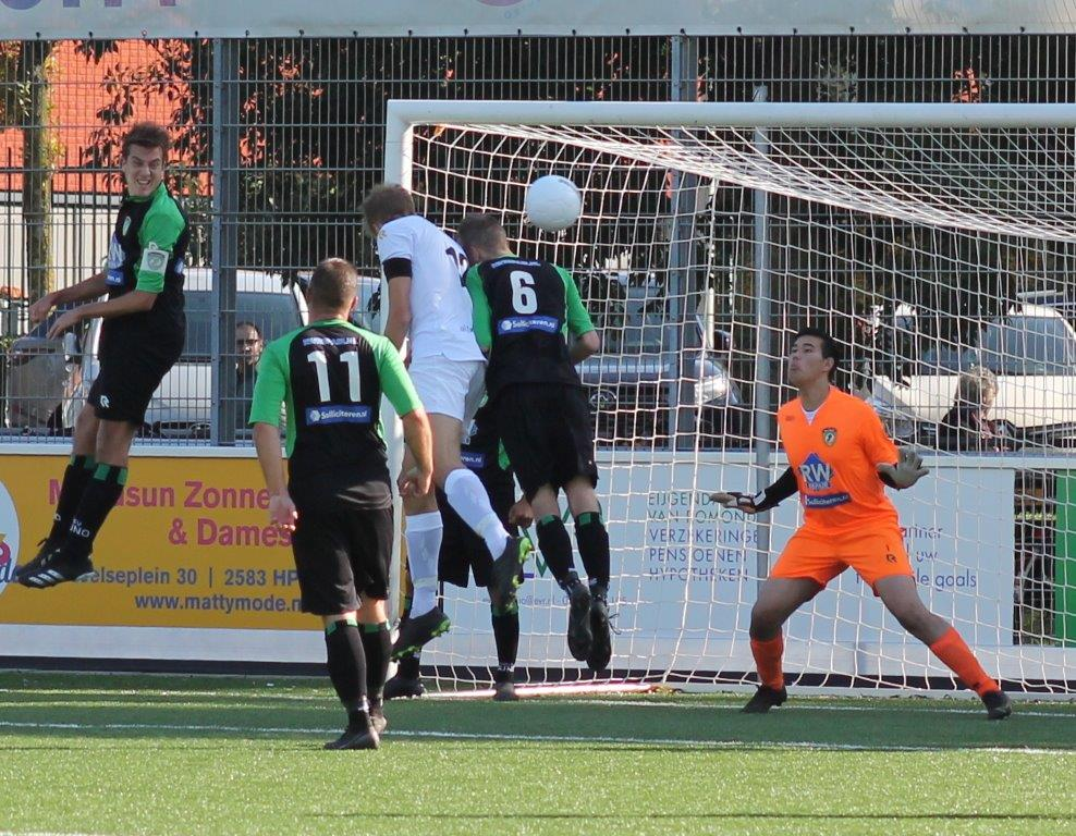 Drie doelpunten en één punt voor Naaldwijk