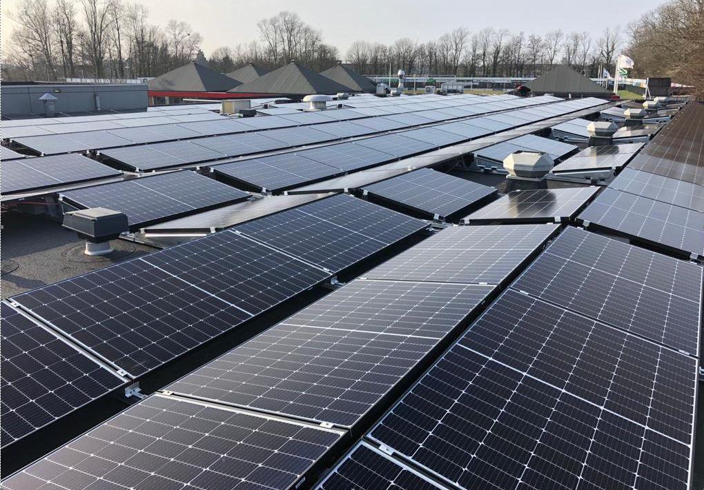Verduurzaming vv Naaldwijk: zonnepanelen gerealiseerd